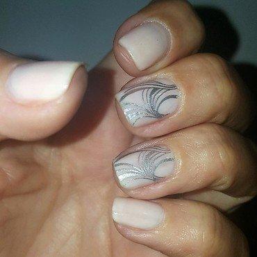Soft nail art by Katarinna