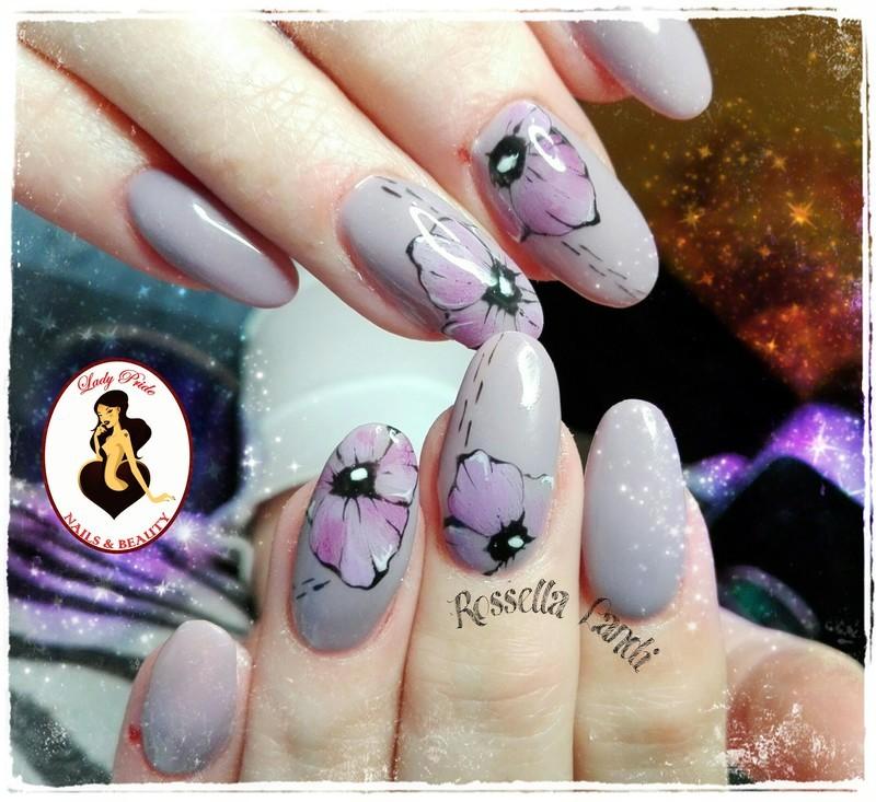 Lilly nail art by Rossella Landi