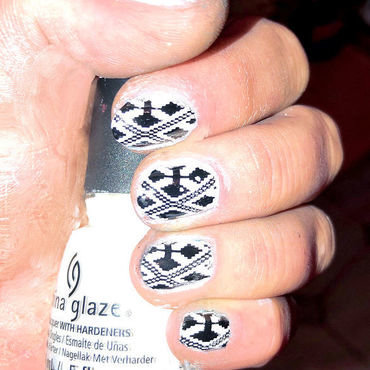 CROSS nail art by FRANCESCA SPORTELLA