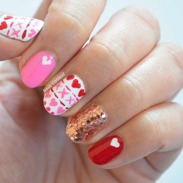 Valentines 20glitter 20nails 201 thumb370f
