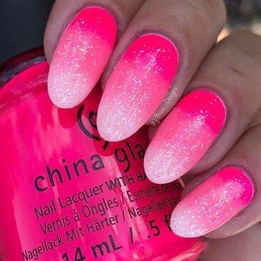 Strawberry Daiquiri nail art by JMura_Designs