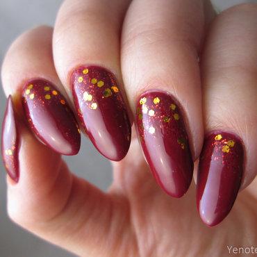 Essie Shall we Chalet nail art by Yenotek
