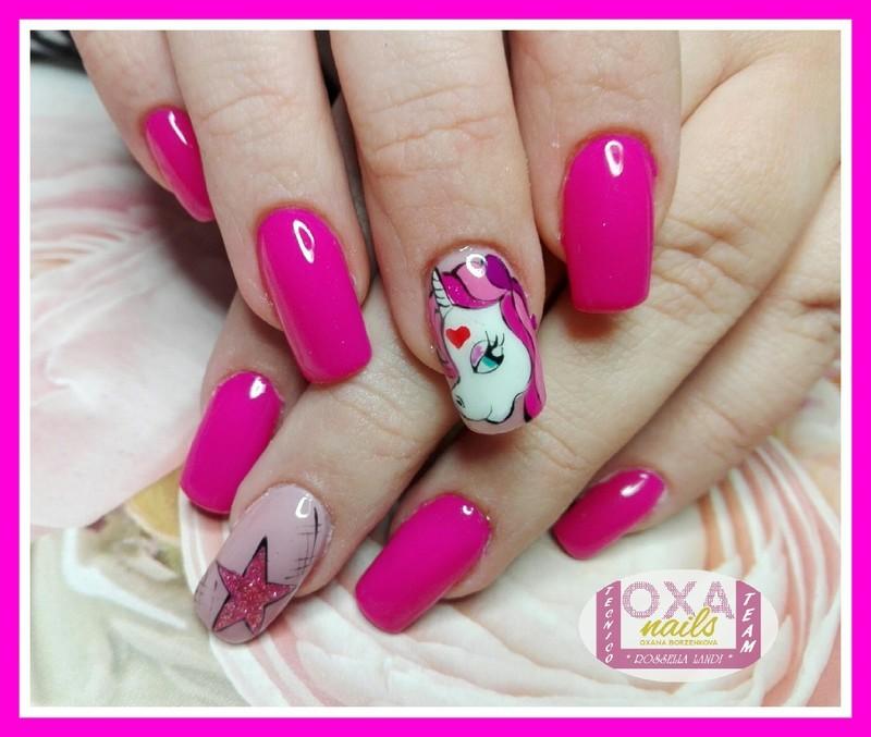 Unicorn nail art by Rossella Landi