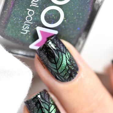 Magnetic spring nail art by Marine Loves Polish