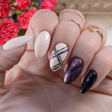 Cat Eye  nail art by Jadwiga