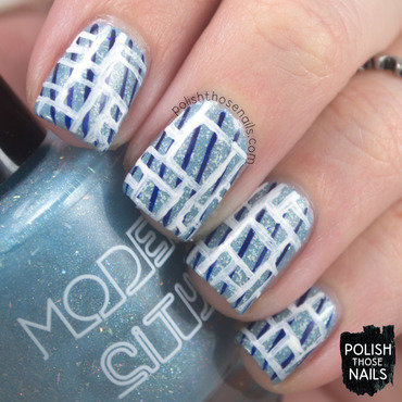 Icy blue geometric glitter pattern nail art 4 thumb370f