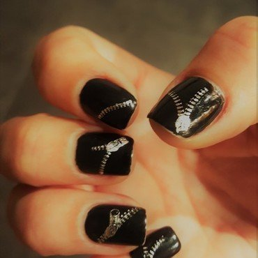 Zipper...your nails nail art by Katarinna