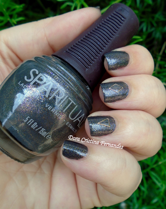 Sacred Ground nail art by Dora Cristina Fernandes
