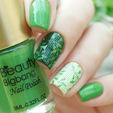 beautiful stamping design nail art by beautynailpolish