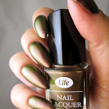 Life Nail lacquer 501 Swatch by Yenotek