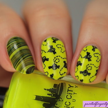 Bee nails nail art by Kerry_Fingertips