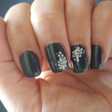 Grey nail art by Katarinna