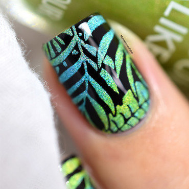 Tropical Rainbow nail art by Marine Loves Polish