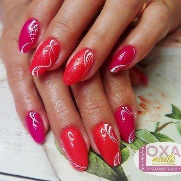 Two colors nail art by Rossella Landi