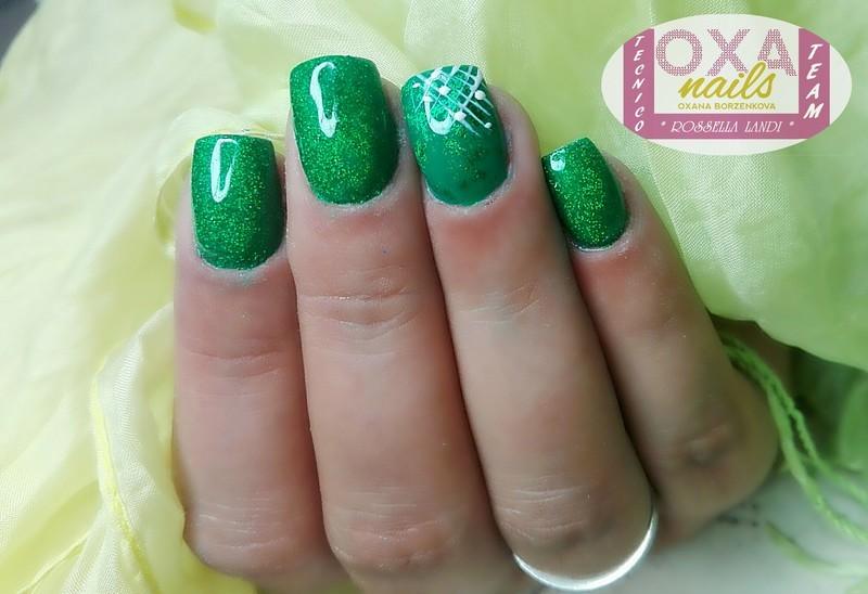 Green nail art by Rossella Landi