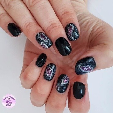 Geode nails nail art by Funky fingers nail art