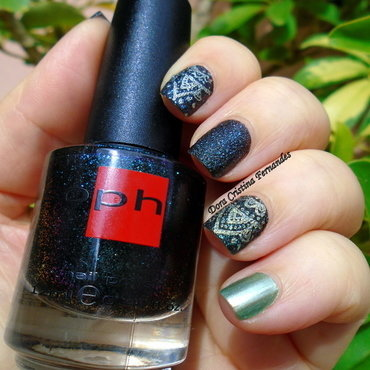 Space Sand nail art by Dora Cristina Fernandes