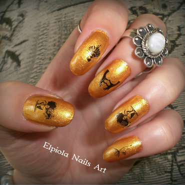 Golden nails nail art by Elpiola Lluka