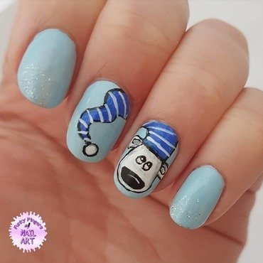 Polar bear nails nail art by Funky fingers nail art