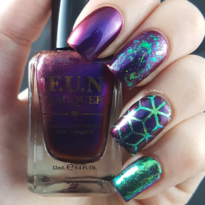 Multichrome and flakies nail art by Emmelie Slotboom