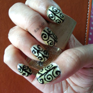 Patterns nail art by Rusa