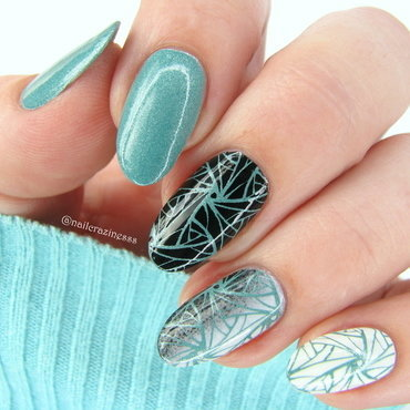 Mint swirls nail art by Nail Crazinesss