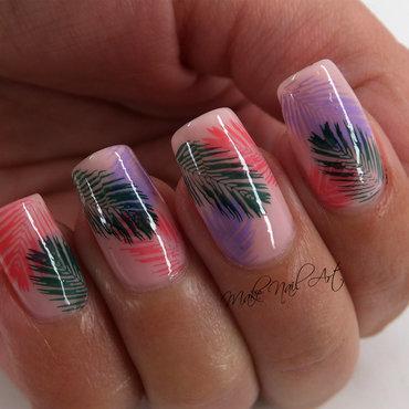 Tropical Palm Leaves nail art by Make Nail Art