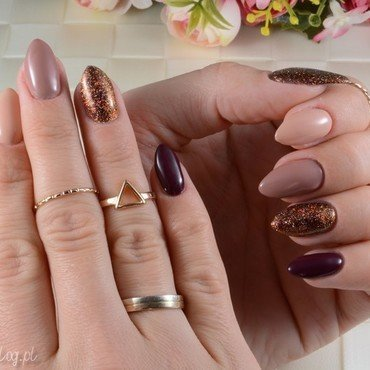 Brown manicure nail art by Jadwiga