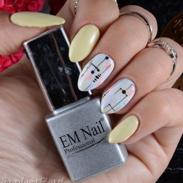 Modern art nail art by Jadwiga