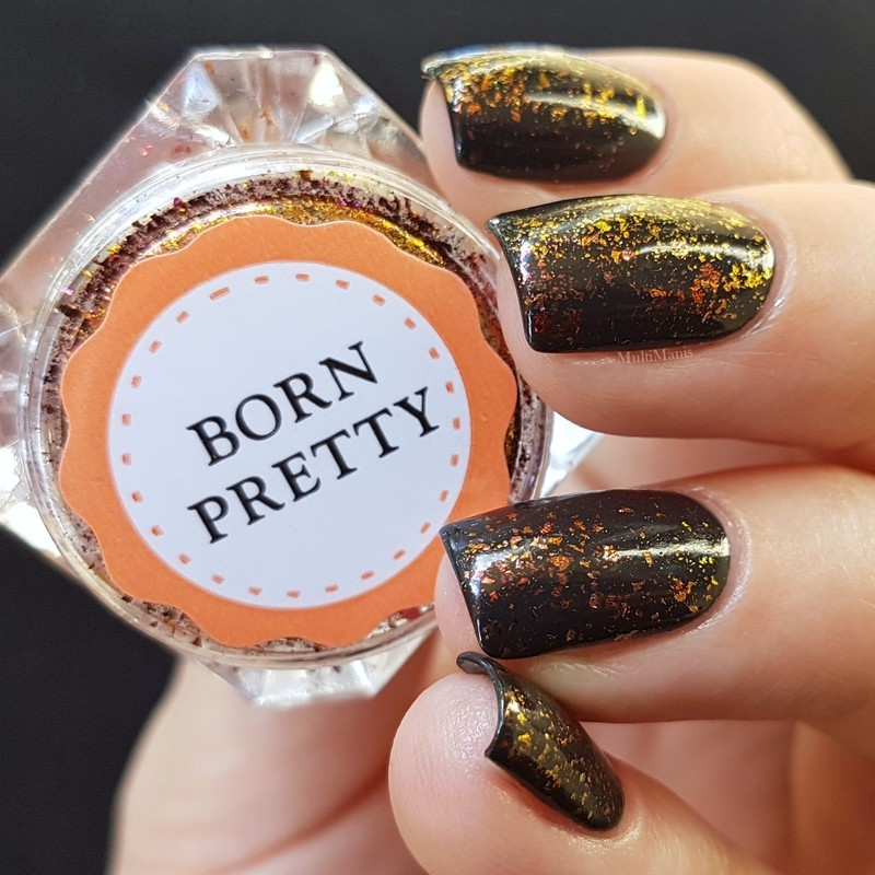 Multichrome flakes nail art by Emmelie Slotboom