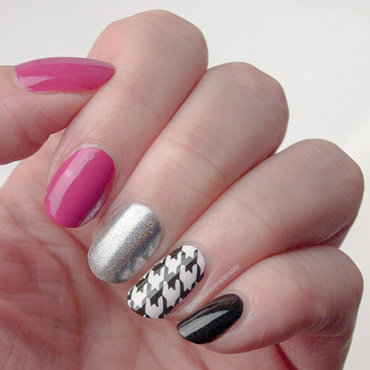 #52weeknailchallenge - week 33: Houndstooth nail art by What's on my nails today?