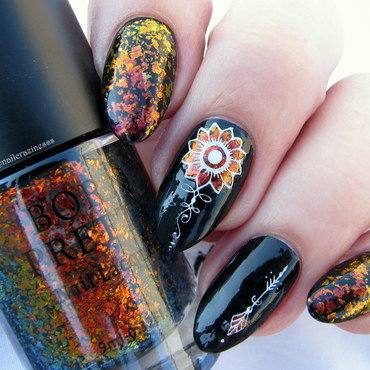 Fire flower nail art by Nail Crazinesss