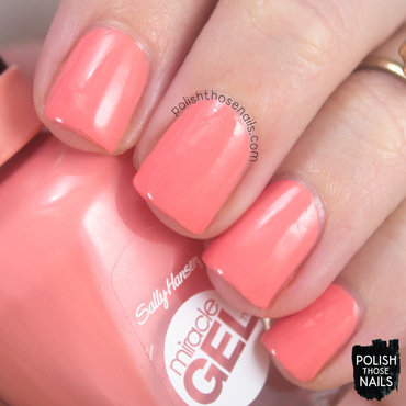 Sally hansen bourbon belle coral swatch 3 thumb370f