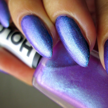 purple/blue duochrome  nail art by Yenotek