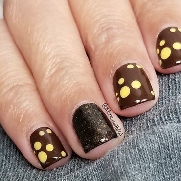Lightning Bugs Dotticure nail art by Monica