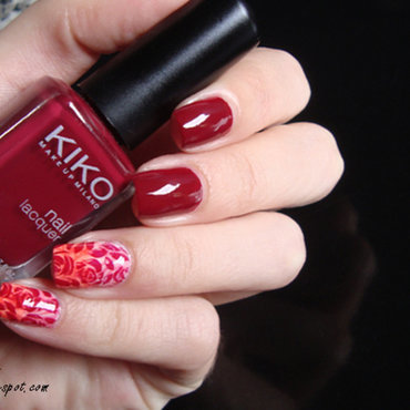 Red Flowers Stamping nail art by Lian