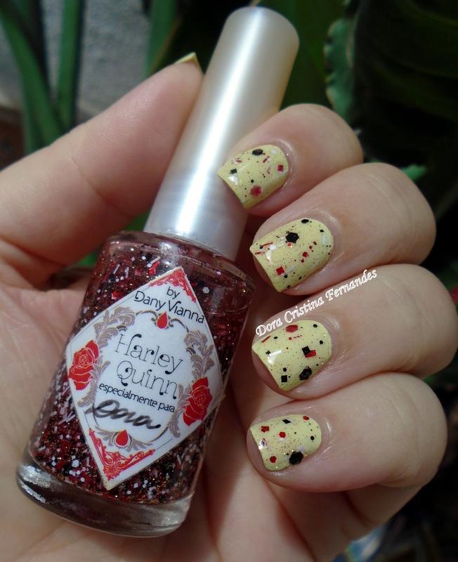 Harley Quinn nail art by Dora Cristina Fernandes