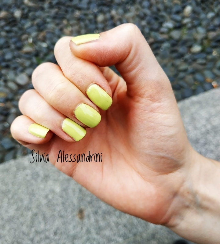 Kiko Power Pro Nail Lacquer 32 Lime Green Swatch by SilvieTepes