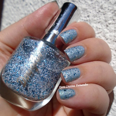 Mythical Holo Snow nail art by Dora Cristina Fernandes