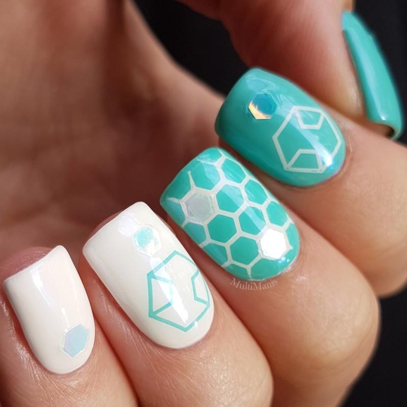 Blue hexagons nail art by Emmelie Slotboom