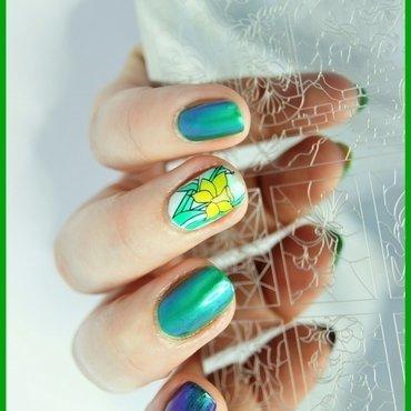 daffodils nail art by ELIZA OK-W