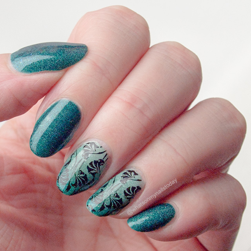 Gradient with leaves nail art by What's on my nails today?