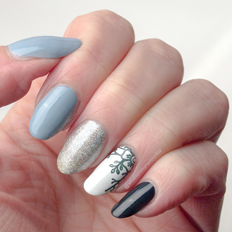 Wintery palate cleanser nail art by What's on my nails today?