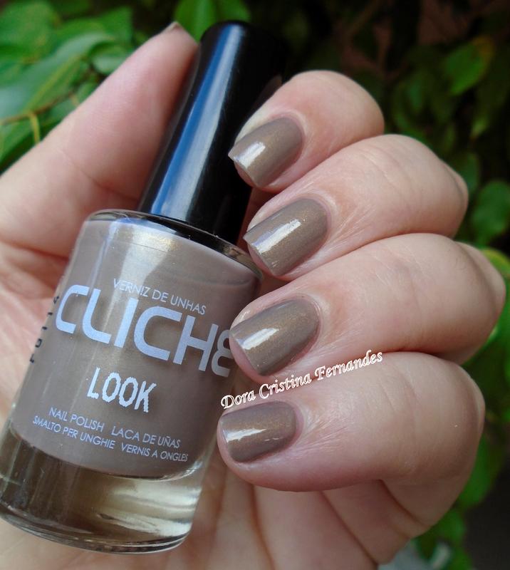 cliché Look Swatch by Dora Cristina Fernandes