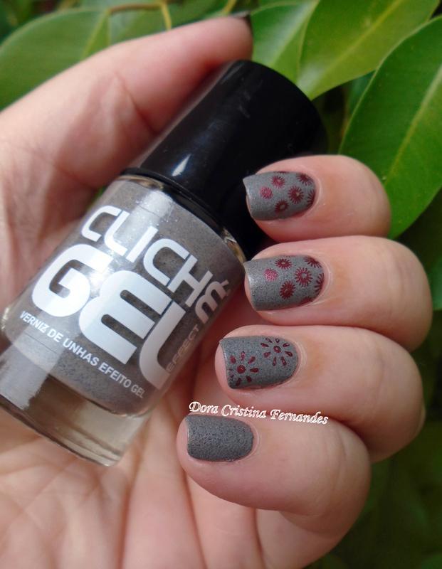 Speckled Liquid Sand  nail art by Dora Cristina Fernandes