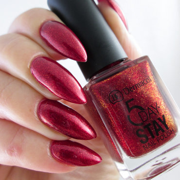 Dermacol 5 Day Stay Nail Polish 23 drama queen Swatch by Yenotek