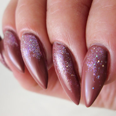 brown with glitter by Catrice nail art by Yenotek