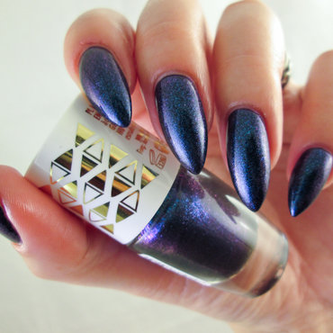 Lovely Circus Nail Polish 4 Swatch by Yenotek