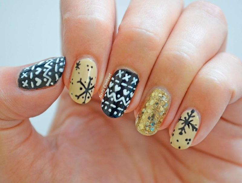 Christmas Sweater Nails  nail art by NailsContext
