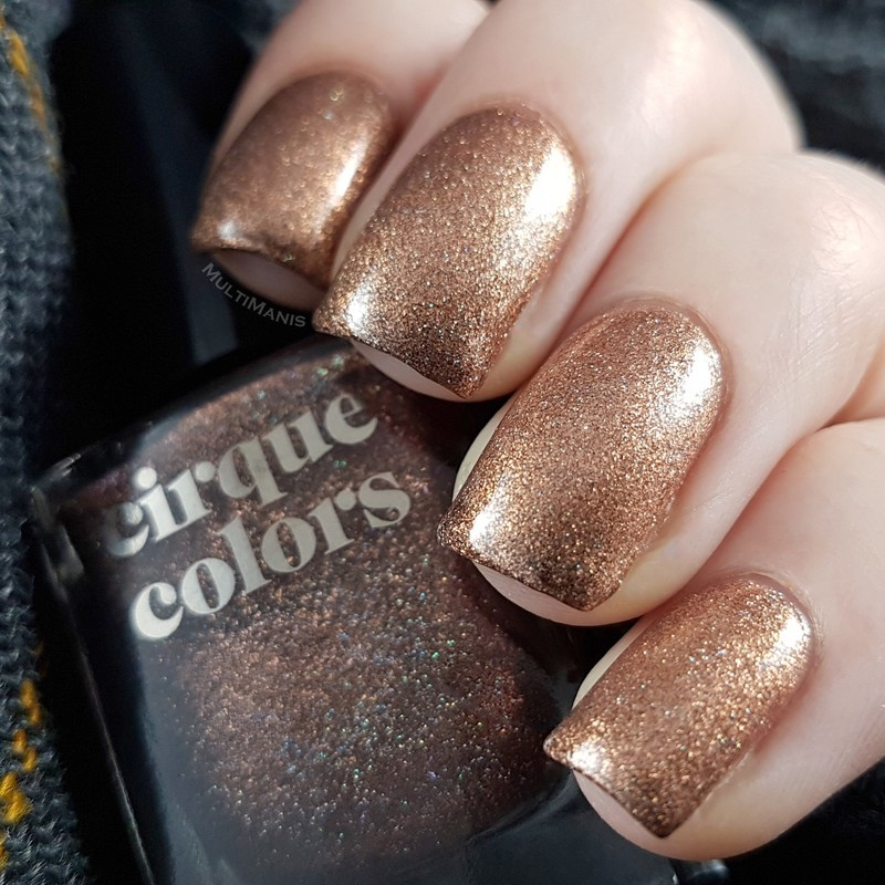 Cirque Colors Patina Swatch by Emmelie Slotboom